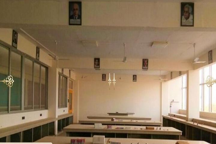 Thakur Vidya Mandir Global School-Physics lab