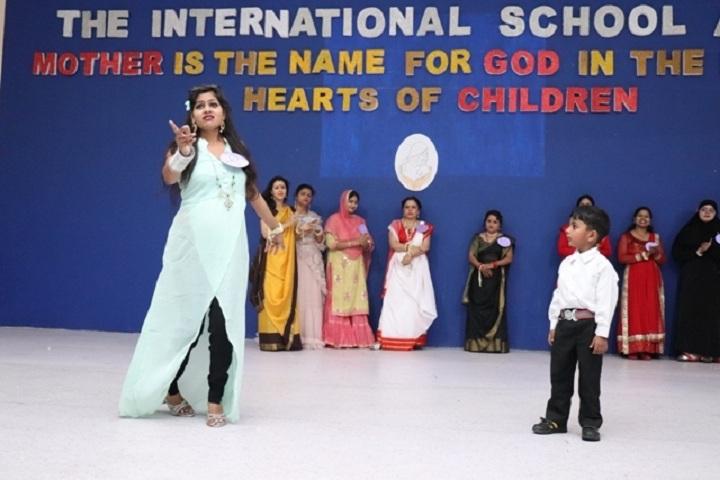 The International School Agra-Mothers day celebration
