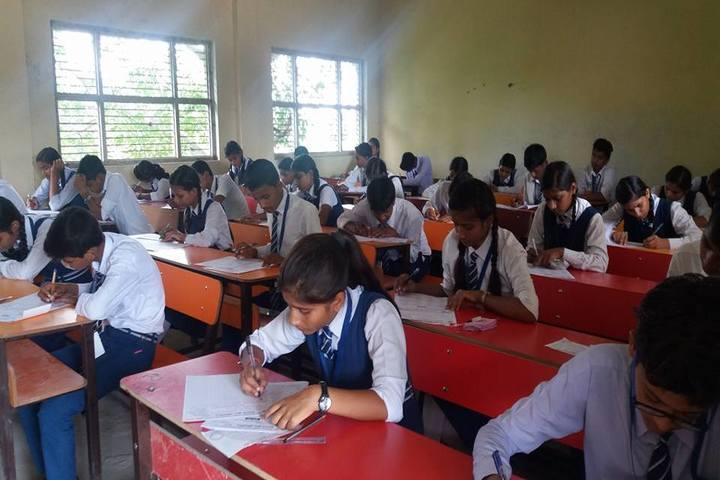 Uma Shankar Vidhyapeeth-Class Room