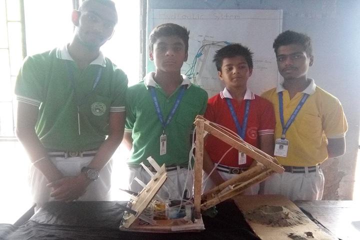 University Model School-Science Exhibition