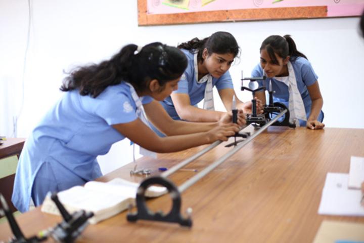 Uttam School For Girls-Science Lab