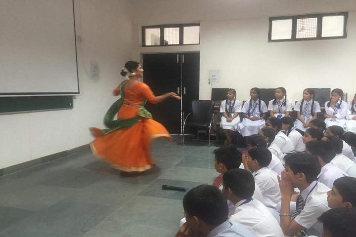 Government Model High School-Dance Performance