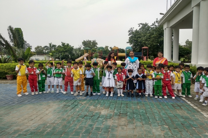 Vijaya International School-Earth Day
