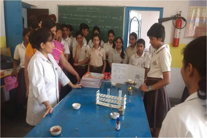 Whitehall Public School-Science Lab