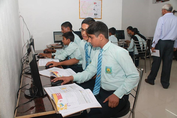 Yash Convent School-Computer Labs