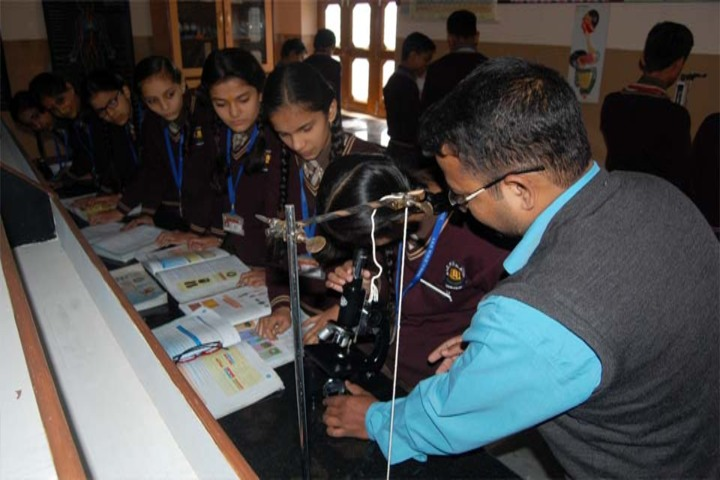 A N D Public School-Science Lab