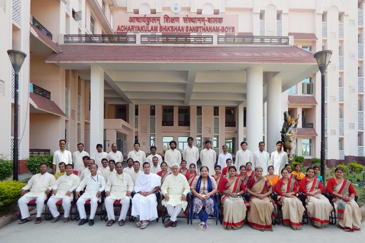 Acharyakulam-Faculty