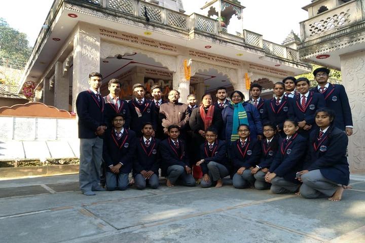 Achivers Home Public School-Group Photo