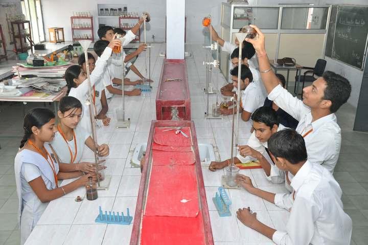 Anand Swaroop Arya Sarawasti Vidya Mandir-Chemistry Lab
