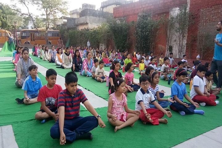 Aurum The Global School-Yoga