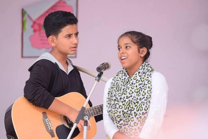 Bright Angels School-Singing