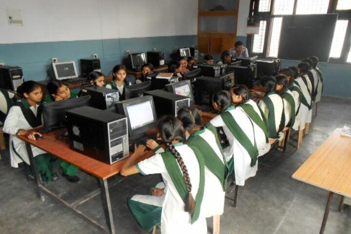 DDM DAV Public School-Computer Lab