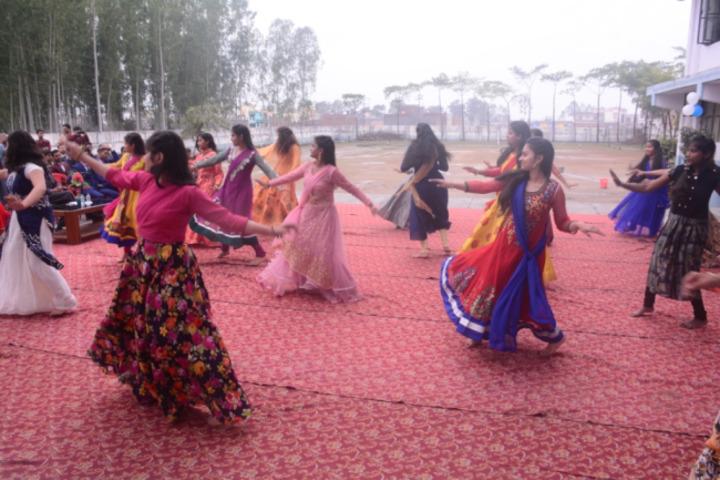 DDM DAV Public School-Dance Performance