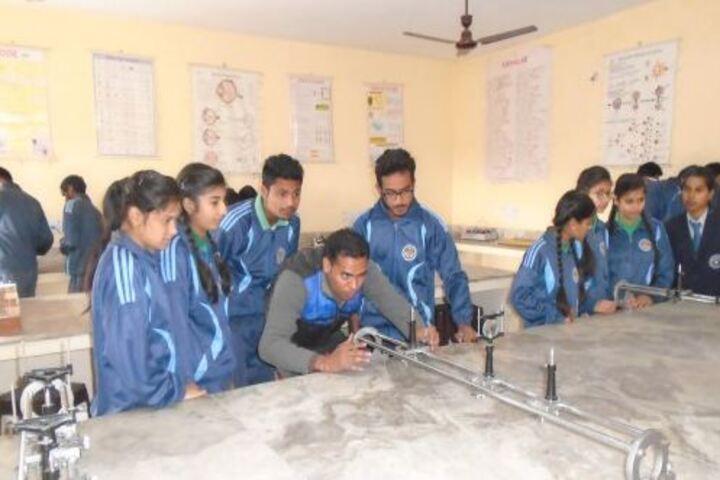 Dhoom Singh Memorial Public School-Physics Lab