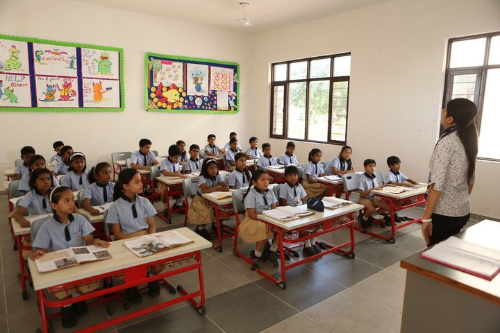 Doon International School Riverside Campus-Classroom