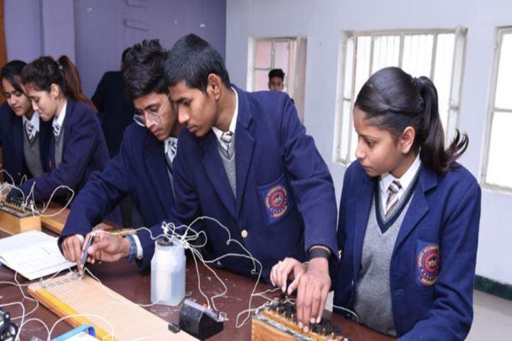Dronas International School-Physics Lab