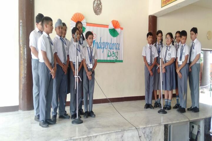 Maharishi Dayanand Adarsh Vidyalaya-Independence Day Celebrations