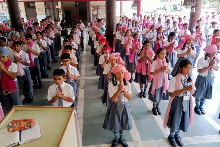 Maharishi Dayanand Adarsh Vidyalaya-Pink Campaign