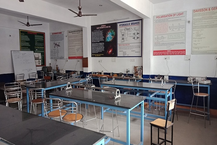 Greenway Modern School-Physics Lab