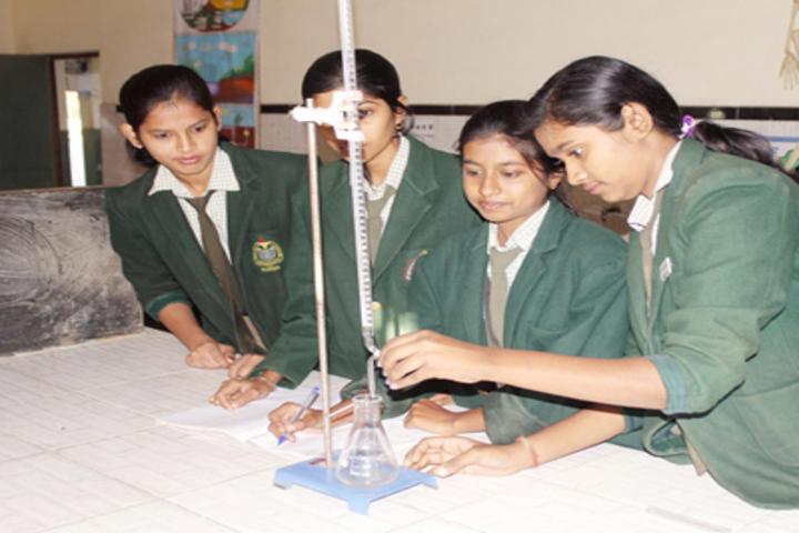 Gyan Bharti Public Shcool-Lab