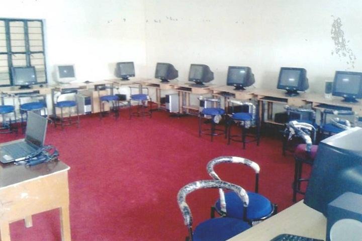 Himgiri Advance Studies And Sports School-IT Lab