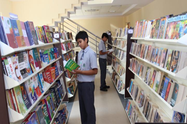 Green Field School-Book Exhibition