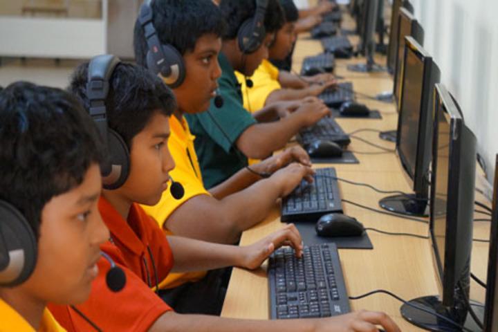 Green Field School-Computer Lab