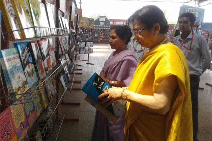 Jaswant Modern School-Book Fair