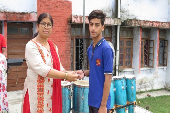 Kendriya Vidyalaya-Annual Prize Distribution