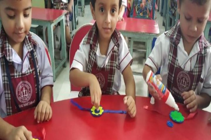Shishu Niketan Public School-Rakhi Making