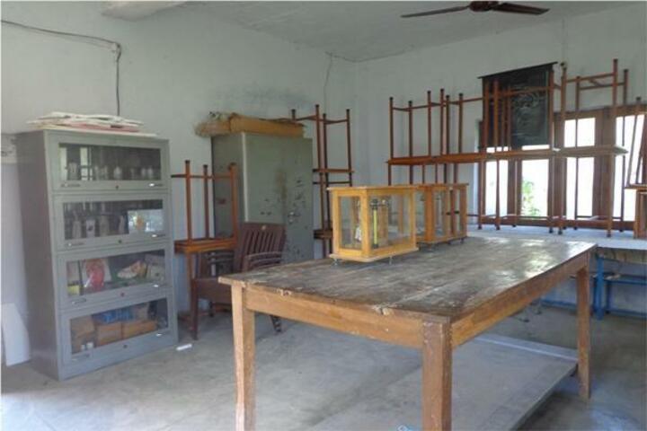 Maharishi Vidya Mandir-Science Laboratory
