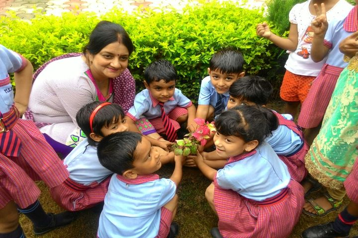 Mahavir International School-Plantation Activity