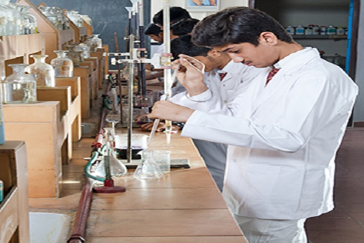 Montfort School-Chemistry Lab