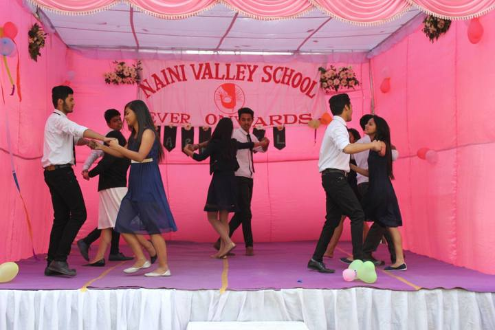 Naini Valley School-Dance