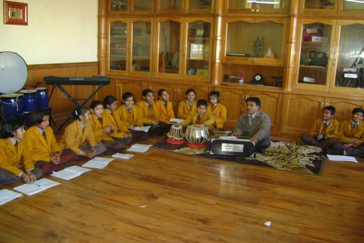 Nirmal Ashram Deepmala Pagarani School-Music Room