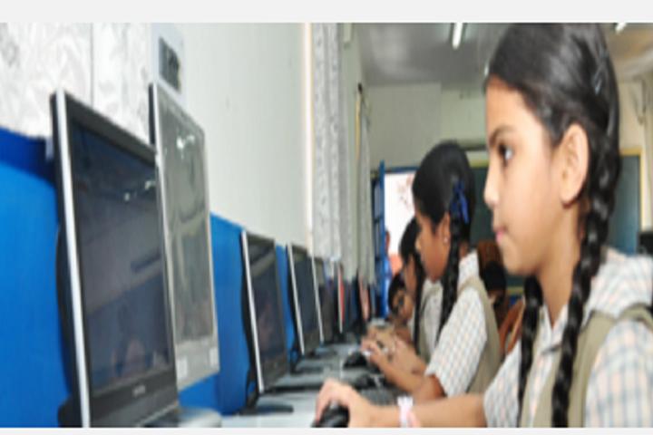 Sri Guru Harkrishan Model School-Computer Lab