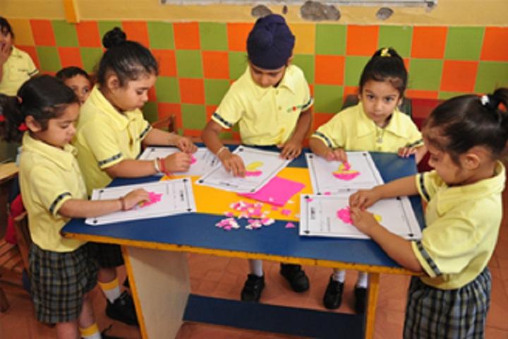 Sri Guru Harkrishan  Model School-activities