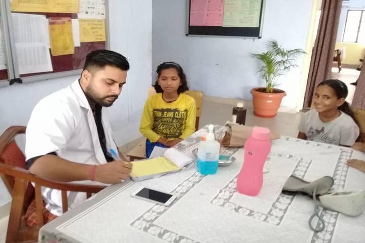 Rajeev Gandhi Navodaya Vidyalaya-Medical Checkup
