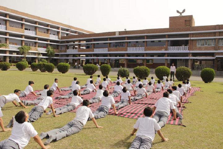 St JohnS High School-Yoga