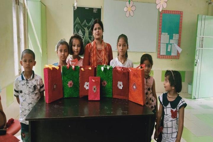 Rishikesh International School-Art and Craft
