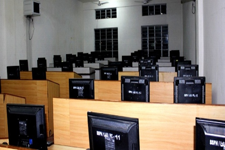Roorkee Public Senior Secondary School-Computer Lab