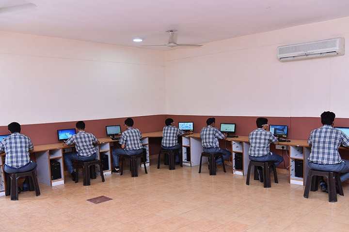 """ St. Peters Senior Secondary School-Computer-Lab"""