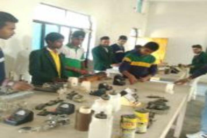 S B N International School-Lab