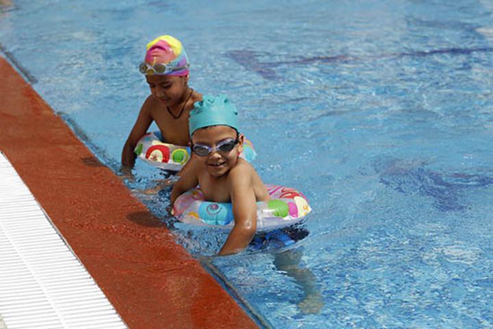 Shemford Doon-Swimming Pool