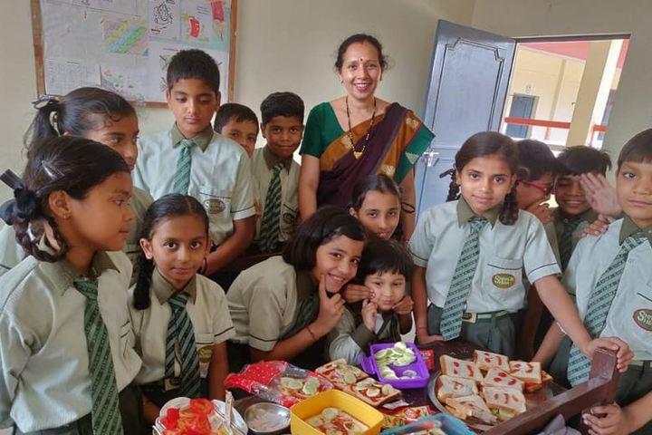 Shivalik Holy Mount Academy-Food Fest