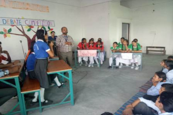 Shree Yogeshwar Public School-Debate