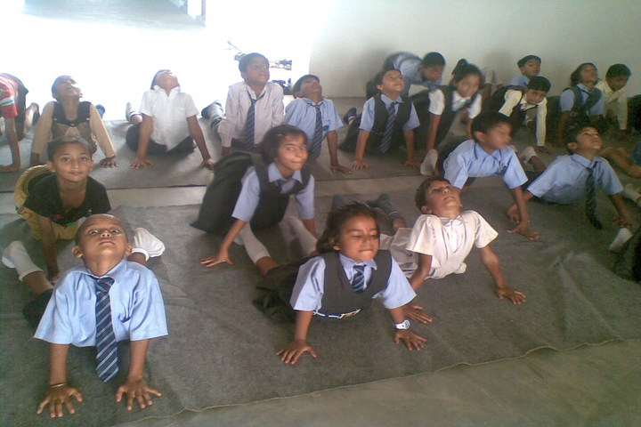 Shree Yogeshwar Public School-Yoga