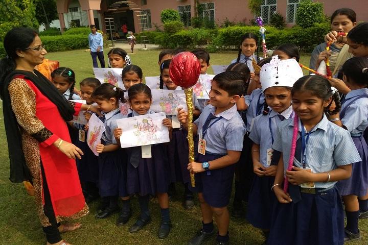 Shri Guru Nanak Senior Secondary School-Poster Presentation