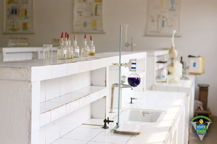 Vivek High School-chemistry lab