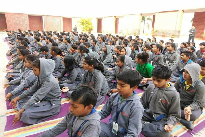 Abhyuday School Kawardha-Meditation